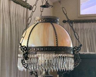 Hanging slag glass shade lamp