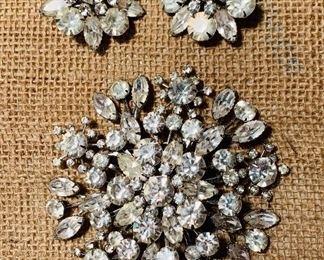 Very large rhinestone brooch and earrings