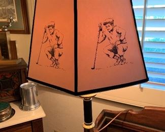 Table lamp with golf shade