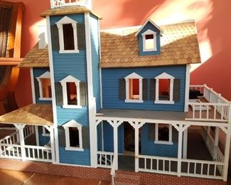 Doll house- this will look spectacular under a Christmas tree.