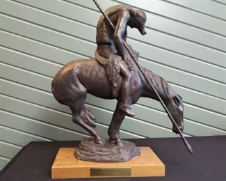 "James Earle Fraser ""End of the Trail"" bronze sculpture, 20 inches tall on the stand, 1984"