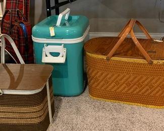 Vintage picnic items