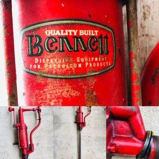Old Vintage Wooden Handle Hand Crank Bennett Petroleum Products  (Gas , Oil  Kerosene) Pump