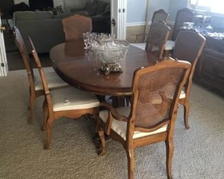 J L METZ FURNITURE COMPANY DINING TABLE WITH 10 CHAIRS