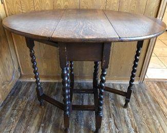 Oak Barley Twist Oval Gateleg Drop Leaf Dining Table