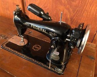 Vintage Federal Sewing Machine Made In Japan