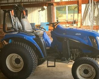 2004 NEW HOLLAND 980 HOURS 4X4 DIESEL