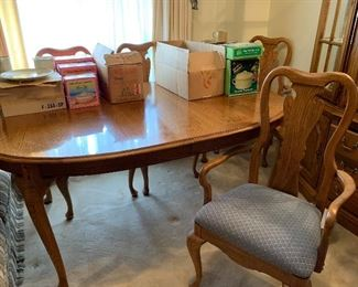 thomasville dining set 2 leaves 6 chairs