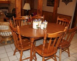 furniture maple dining table and chairs