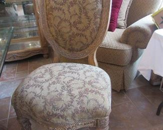 closeup of chair that goes w/dining table, 6 of them