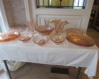 cabbage rose depression glass, 125 pieces