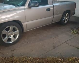 2004 Chevy Silverado pickup,  1/2 ton short bed , V6 motor,  149000 miles,  champagne color, Avalanche 20 inch mag wheels and tires, heater and AC works great asking $6500.    Runs good.   Good title.