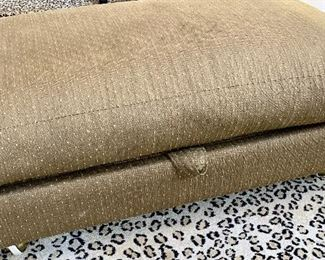 42 x 25 storage footrest hassock ottoman