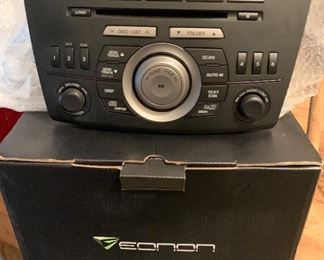 Eonon radio / CD Player