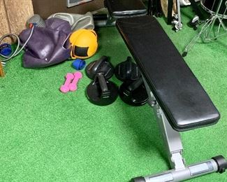Powerline Weight bench, exercise balls