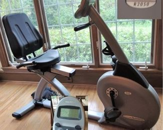 Vision Fitness – R2050 Recumbent Bike ($900 retail) Available for immediate purchase