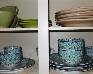 Pier 1 Dishes