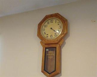 Working Oak Clock by regulator $15 bottom dollar