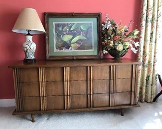 American of Martinsville Mid Century 9 drawer dresser,  lamp,  signed and numbered picture, flowers