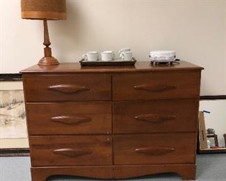 Maple 6 drawer chest, hand turn wooden lamp and more..