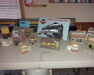 Legendary E 8/9 Engine with 6  HO scale Spectrum train cars and custom made display case with tracks