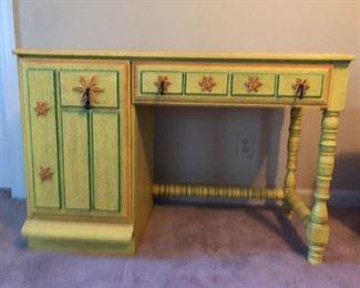 Stanley Ole Yellow bedroom furniture