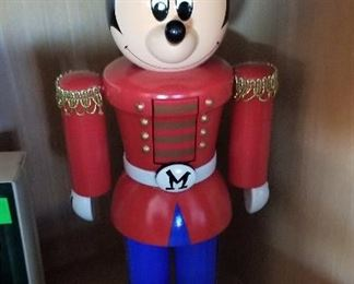 Christmas decor...who doesn't love Mickey Mouse?