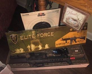 ELITE FORCE AIR GUN
