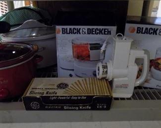 Crock pots Sold     Black/Decker steamer SOLD