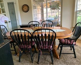Country dining room table that includes five extensions by Richardson furniture - absolutely I country FRENCH