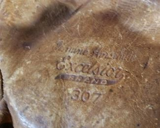 Excelsior #307 1920s 30s era baseball glove in good condition!