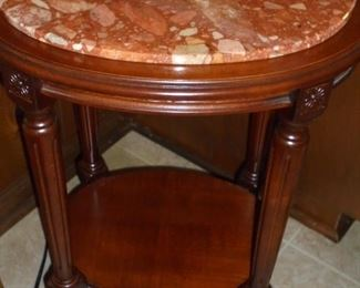 Small oval table w/marble top