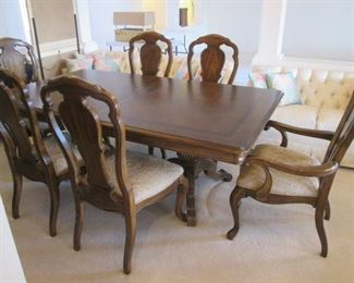 "Dining Room Table/6-Chairs by Thomasville with          2-20"" Leaves.  Overall Size 80"" X 46"".  With 2-Leaves Overall Size 120"" X 46"". Beautiful Burl Wood Table Top!"