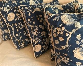 10 custom made cotton pillows gently used.