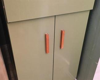 60's Metal Kitchen Cabinet