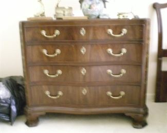 While small dresser