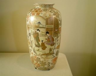 Tons of beautiful Asian vases