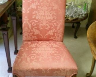 One of two chairs that go with the Thomasville Dining room table (end chairs)