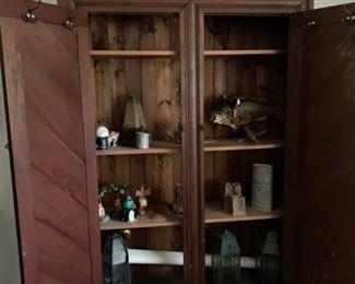 Victorian 2 door Wardrobe -$275