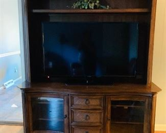 Display Cabinet/Entertainment Display
