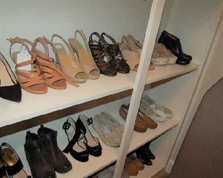 Ladies shoe rarely worn