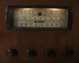 1930's Coronado Console Radio - Works!