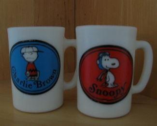 Vintage Charlie Brown - Snoopy Mugs