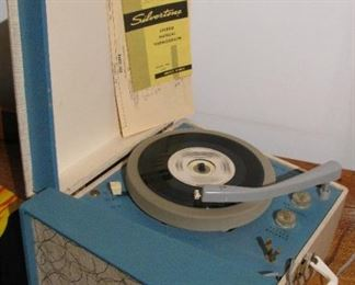 Vintage Silvertone Record Player - Works Great!