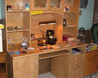 Very Nice Wood Desk