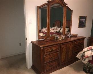 stanley dresser