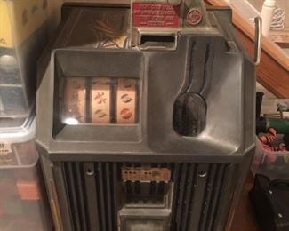 MILLS 1 CENT SLOT MACHINE - WORKING