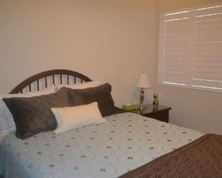 queen bed with matching nightstands and chest