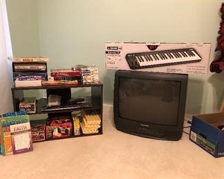 Nice selection of games, Line 6- Mobile Keys 49- keyboard, TV