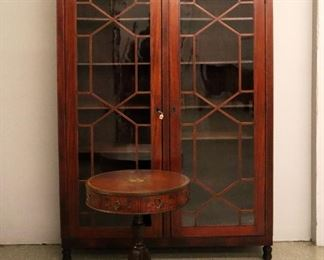 Federal style Mahogany Bookcase, Satinwood Drum table